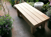 端材を活用したウッドベンチ